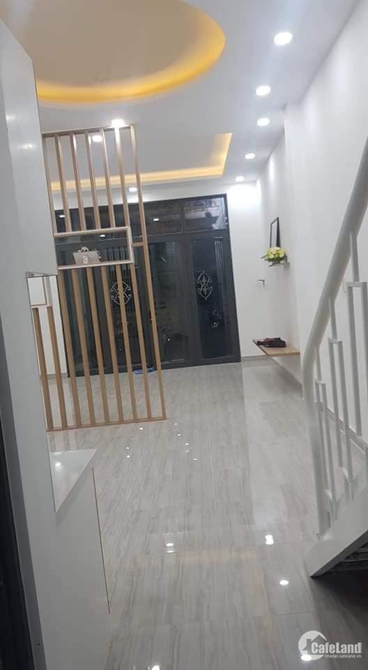Bán nhà hxh Hiền Vương, Tân Phú, 4,5x12m, 3 tầng, 5,2 Tỷ(TL)