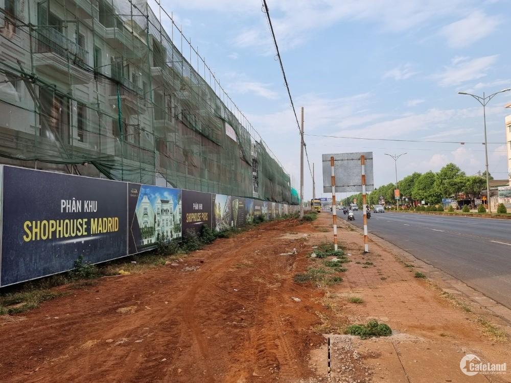 Nhà tôi bán đất đất đường Nguyễn Chí Thanh 6x18 giá 2,2 tỷ , Tân An, BMT .