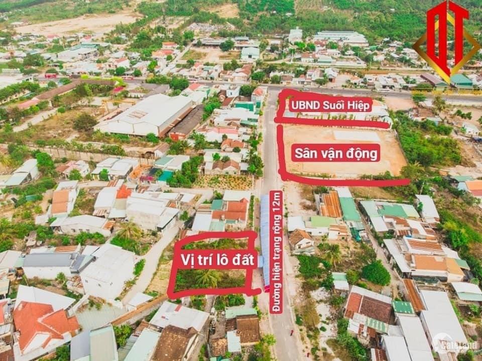 Bán đaats đô thị Suối Hiệp ngay UBND Xã đường nhựa 12m