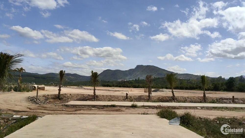 Bán đất Lâm Hà xây tự do , 120m2 giá 1 tỷ /nền , sử dụng miễn phí hồ bơi
