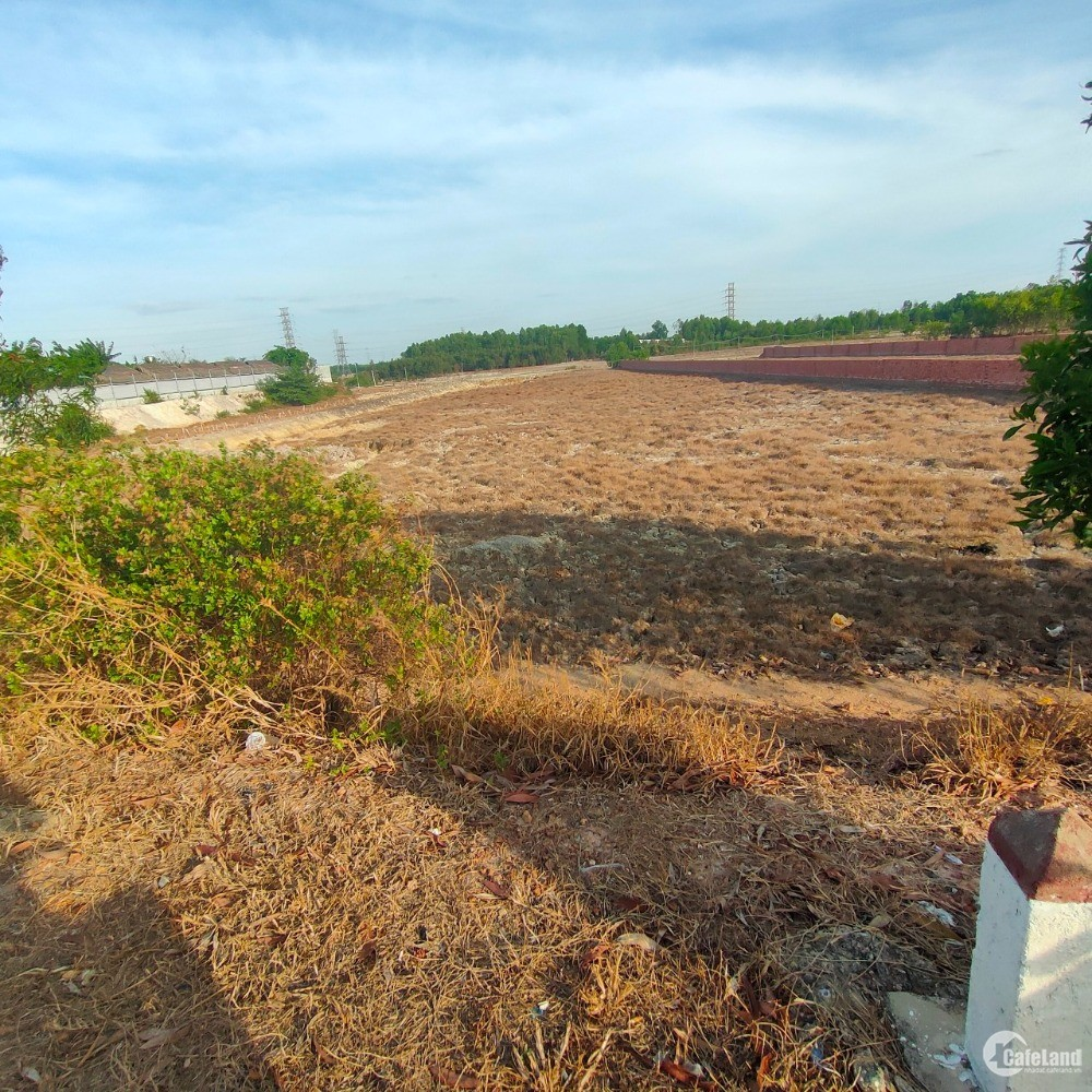 Có lô đất MT Phạm Thái Bường, Nhơn Trạch, Đồng Nai 3635m2 0896651865
