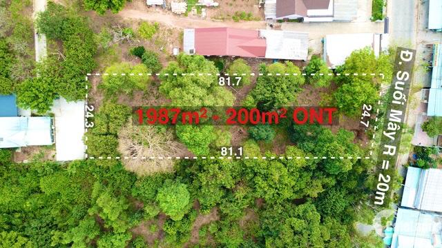 Bán mảnh đất ở mặt tiền đường Suối Mây view sân bay Phú Quốc