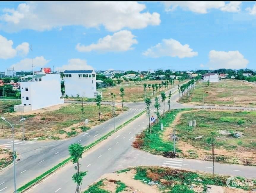 Bán lô góc hướng Tây Nam 12,6tr/m2 KĐT Phú Mỹ thành phố Quảng Ngãi 187,5m2