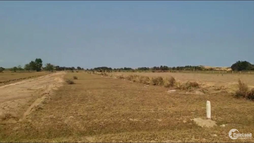Đất biển Hòa Thắng 2 mặt tiền đường, sẵn sổ, liền kề DT716B.