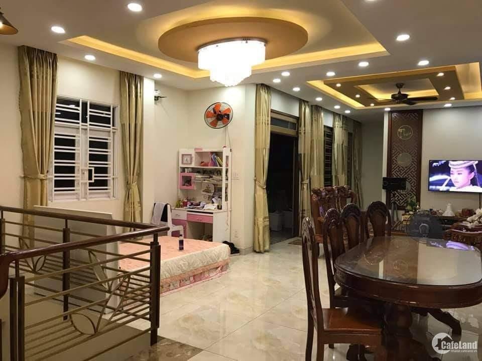 Nhà HXH Phan Huy Ích - 10 x 22m - 220m2 - giá giảm mạnh còn 18 tỷ