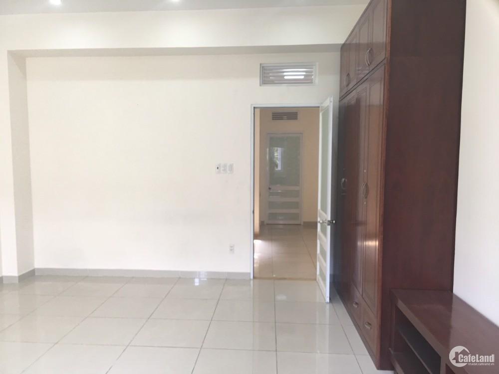 Nhà MT đường Nguyễn Thị Thập Quận 7 .Diện tích ; 5x20m vị trí đẹp.Giá ; 50tr/th.