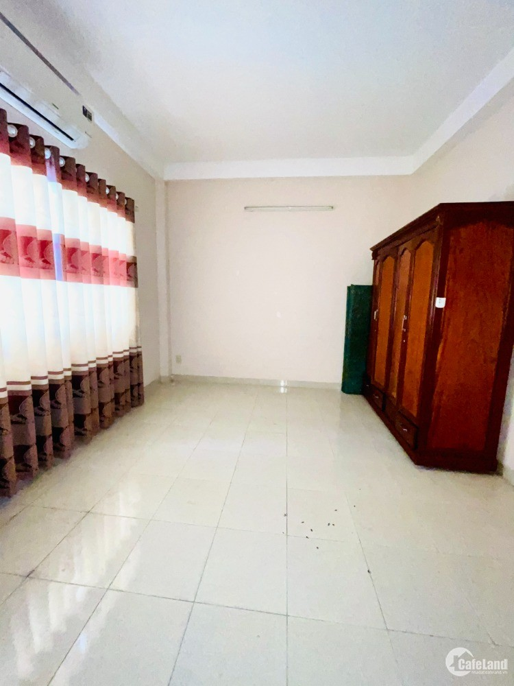 Nhà cho thuê KDC Him Lam Quận 7. DT: 5x18m trệt 2 lầu.Giá ; 20tr/tháng.