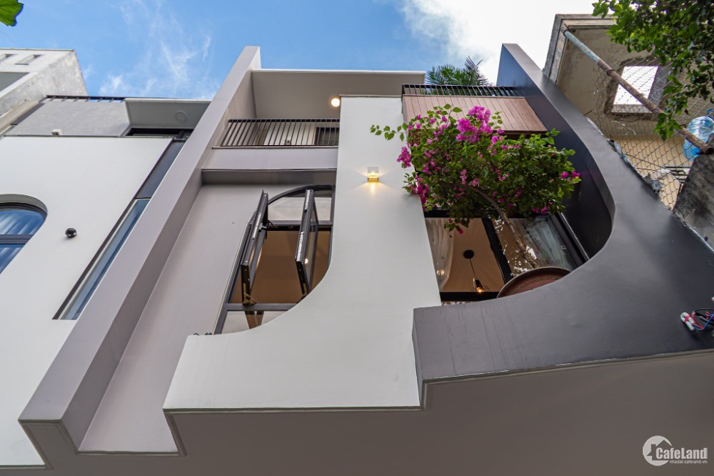 Nhà mới xây phân lô thang máy Tây Sơn Đống Đa 50m2 MT4m Chỉ 11 tỷ ở trung tâm HN