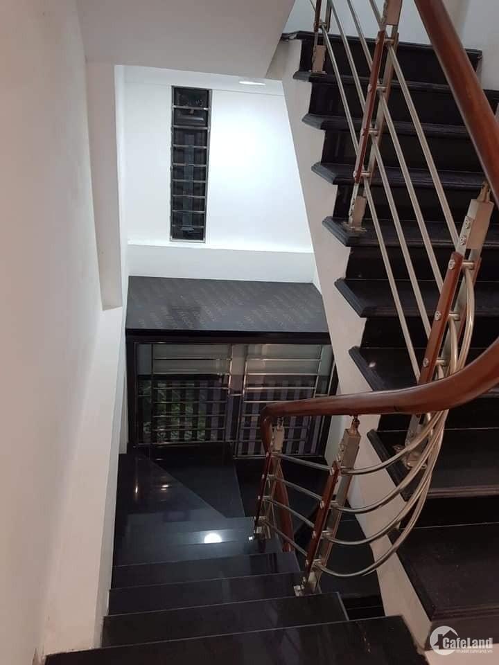 Bán nhà phố Phan Kế Bính Ba Đình Hà Nội 17tỷ8xDT60m,5T,lh 0968181902