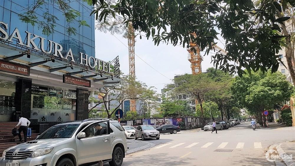 Bán tòa nhà Dịch Vọng Hậu. Vỉa hè 5m, ô tô, KD. 220m2 8Tầng TM, MT11m, 55 tỷ