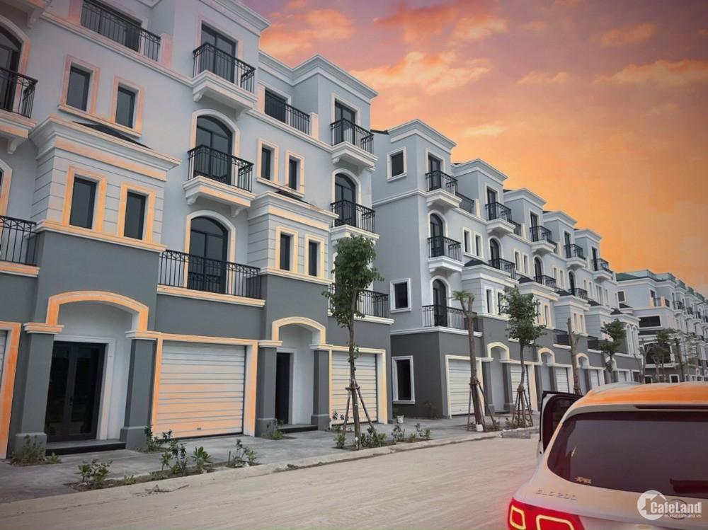 Bán cắt lỗ nhà phố mặt biển giá 8,8 tỷ