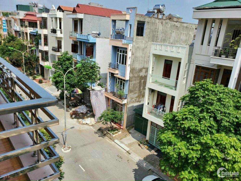 Bán nhà đường Trường Chinh, ph. Thanh Bình, HD 5 tầng, 70m2 mt 4m, đường 16m, ch