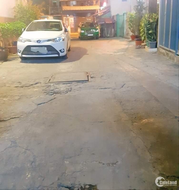 Bán nhà sau mặt tiền Minh Phụng Quận 11, 50m2 xe hơi vào nhà giá chỉ 12 tỉ