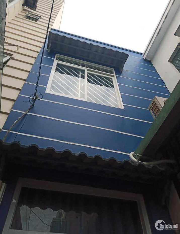 Nhà 21m2 trung tâm Hồng Lạc, ngang 3,2m, 3 tầng, q tân bình, 2 tỷ 32