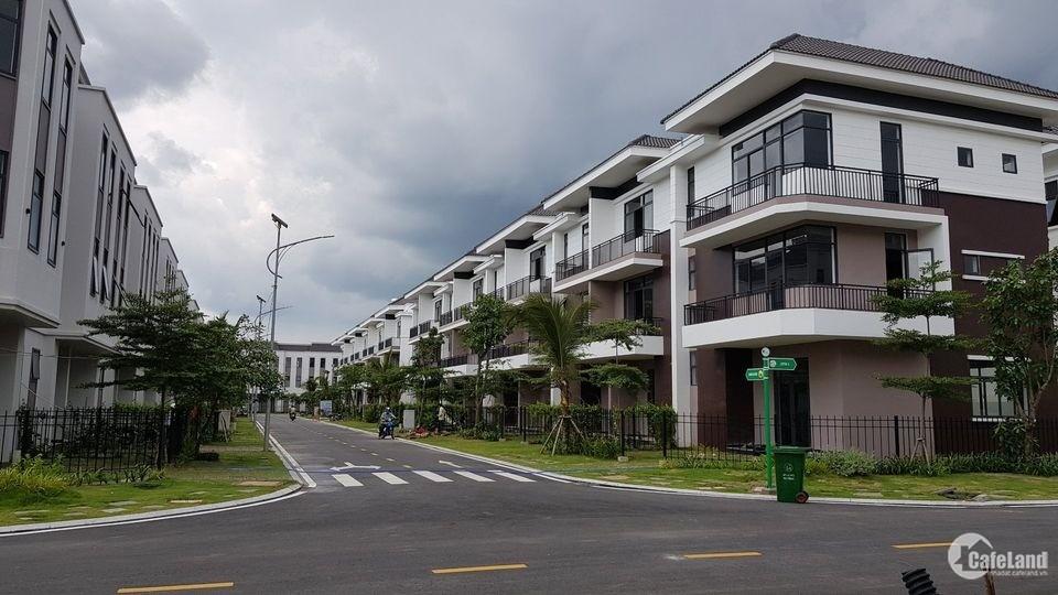 Bán gấp căn nhà Phúc An City, Mỹ Hạnh Nam - phân khu 2 biệt thự. LH xem nhà