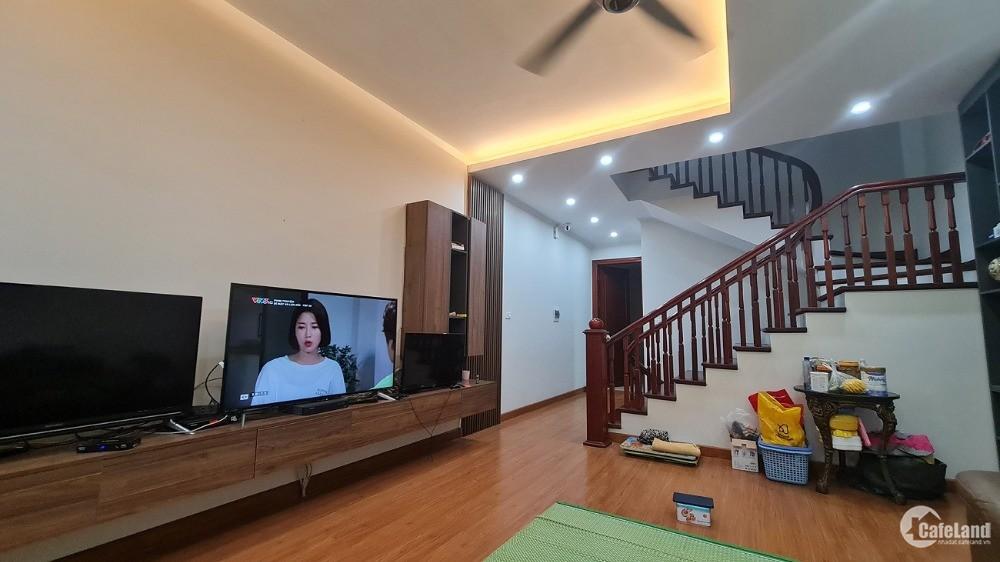 Bán nhà Cổ Nhuế, Bắc Từ Liêm, gara Oto nhà biệt thự hiếm 125m2 x 8m nhỉnh 9 tỷ.