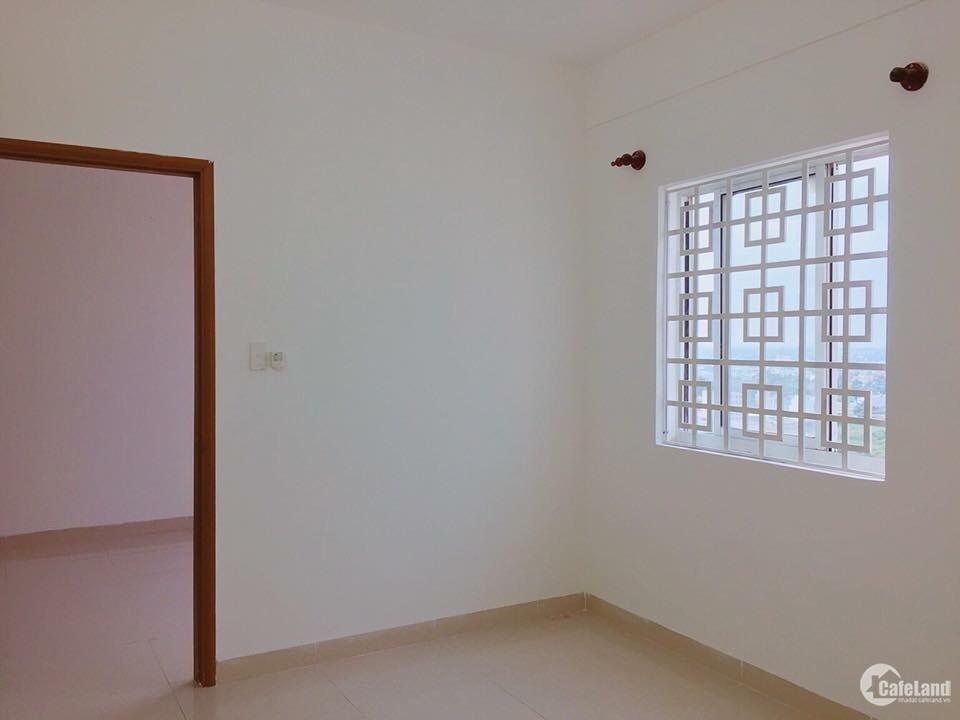 Chính chủ cho thuê căn hộ tầng 8 và 14 có 2PN, giá 4.5 tr/tháng