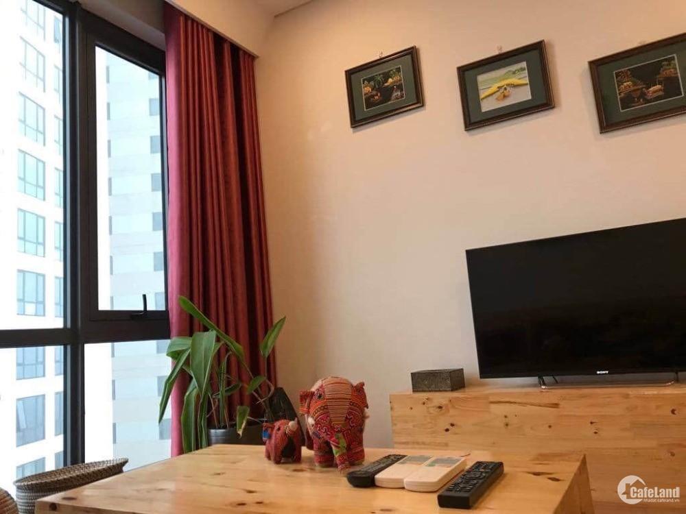 Cho thuê căn hộ 1 phòng ngủ view nội khu tại Symphony, Long Biên. Full nội thất