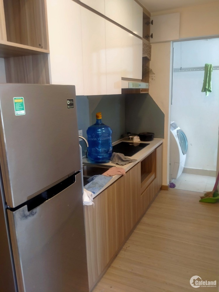 Chính chủ cho thuê căn hộ full nôị thất có 3PN giá 6.5 triệu tại 35 Hồ Học Lãm