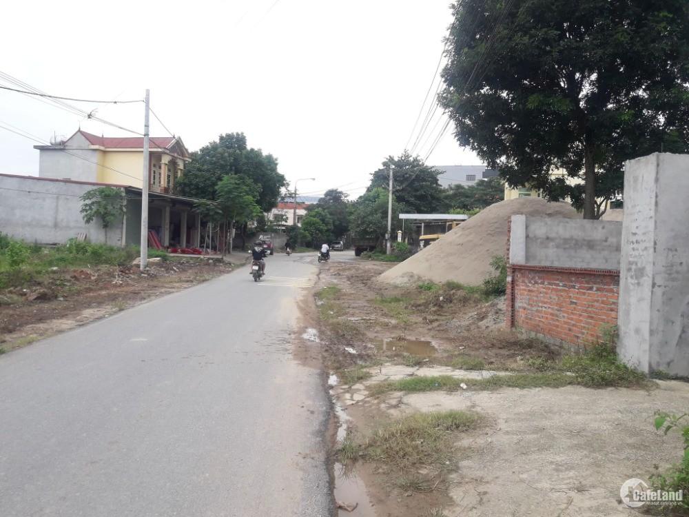 Bán nhanh lô đất kinh doanh trong tuần,đường liên thôn khu tái định cư Gò