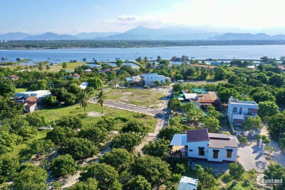 Đất Thổ Cư Sổ Hồng Cam Hải Đông Cam Lâm