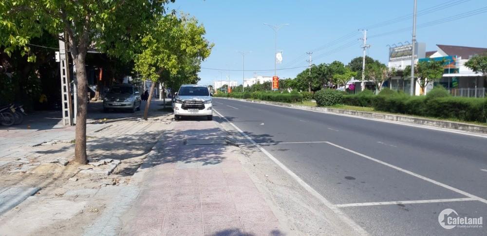 Bán lô đất 2 mặt tiền, đường Đinh Tiên Hoàng đi sân bay Cam Ranh