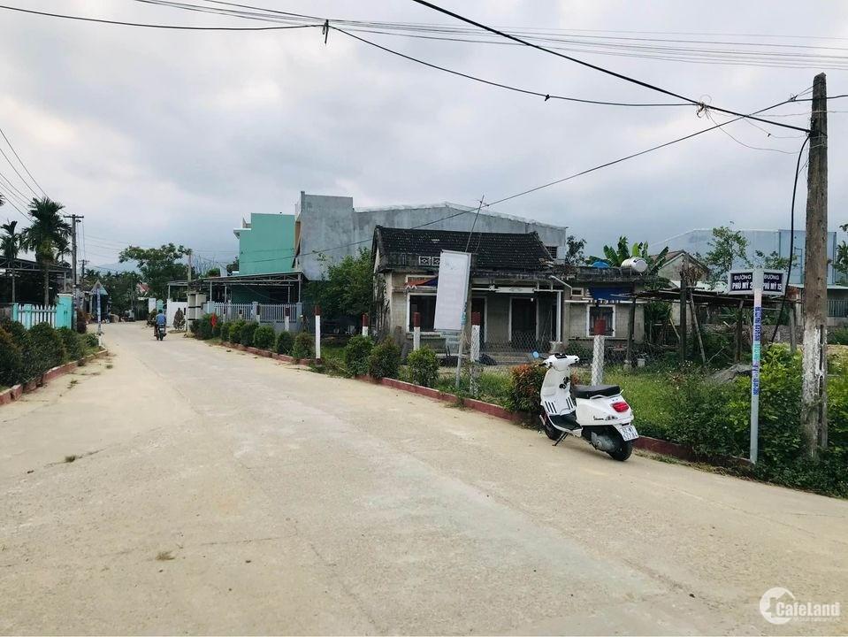 Đất sát quôc lộ, Đường lớn, KHông lụt gần trường học Giáp Hòa khương