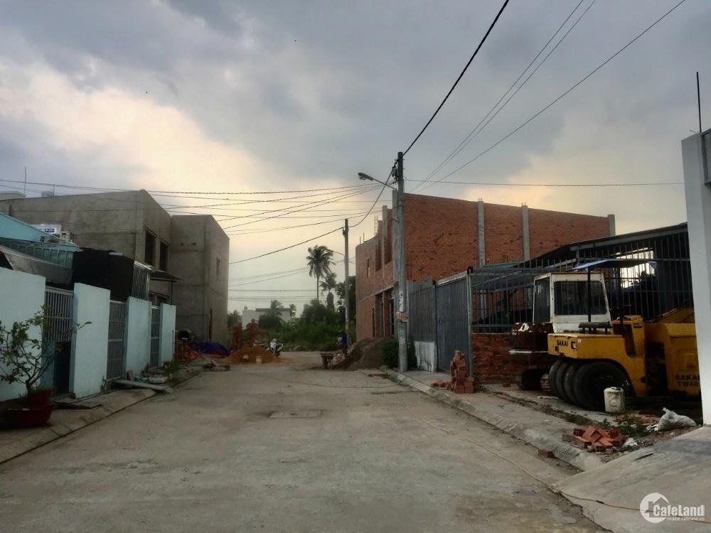 Chính chủ bán lô đất hẻm 1 sẹc xe tải VL301, đường Vườn Lài, giá rẻ.