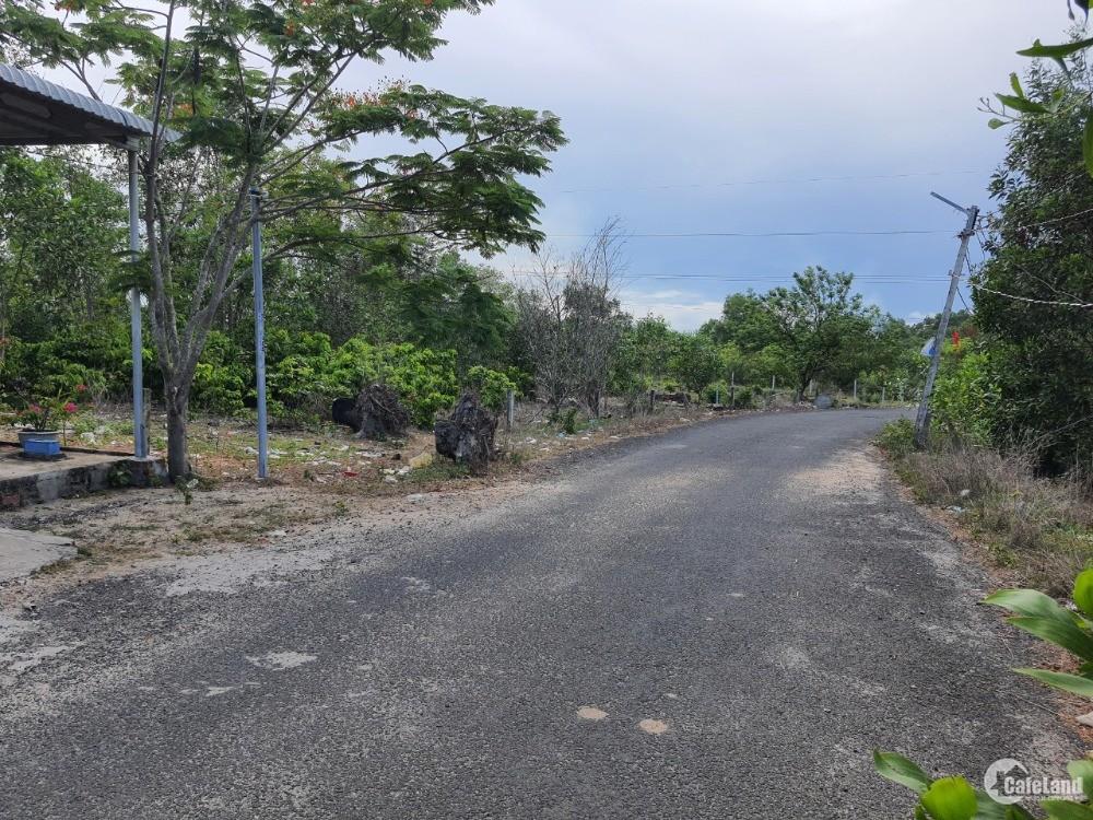 Bán gấp lô đất thổ cư giá chỉ 3,3tr/m2 diện tích 2424m2