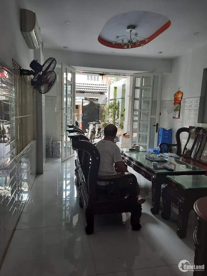 Bán nhà HXT Trịnh Đình Trọng - 200m2 - 4 tầng - to gấp 4 cái nhà bình thường