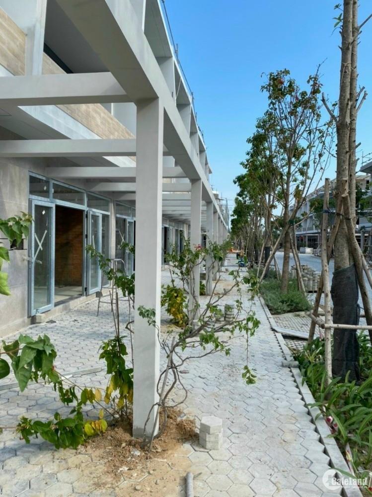 Căn hộ biển Wyndham Coast Full nội thất 5* tại Tổ hợp đô thi du lịch Bình Thuận