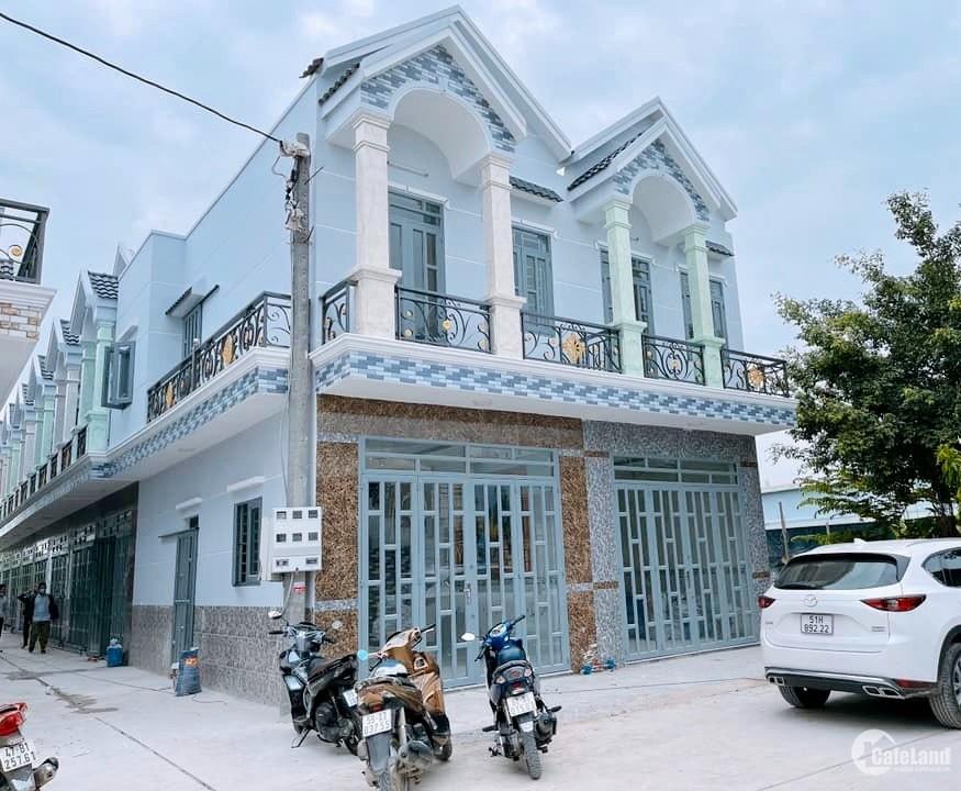 NHÀ MỚI XÂY 1 TRỆT 1 LẦU 68m2 chỉ 768 triệu gần khu Đô Thị Nhị Xuân - Hóc Môn.