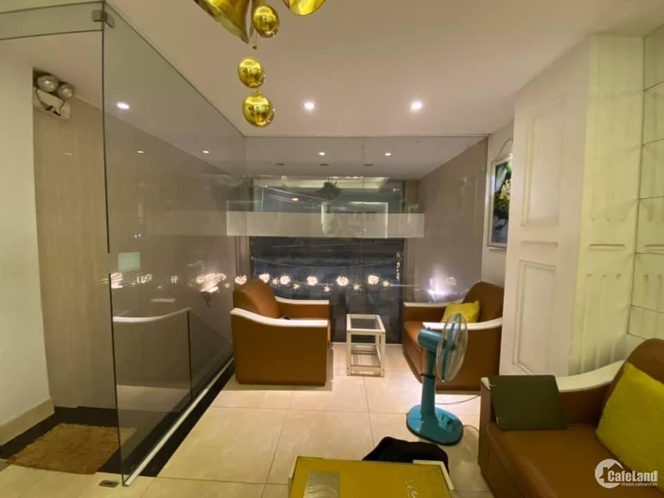 Bán Hotel giá chỉ 15 tỷ đường Nguyễn Xí, P26, Bình Thạnh