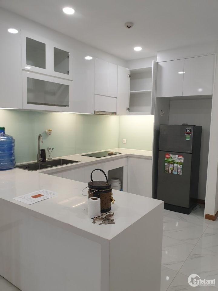 Cần Bán căn hộ 2 phòng ngủ , 2wc, 80,7 m2 Block A1 tầng 17 , The Gold View