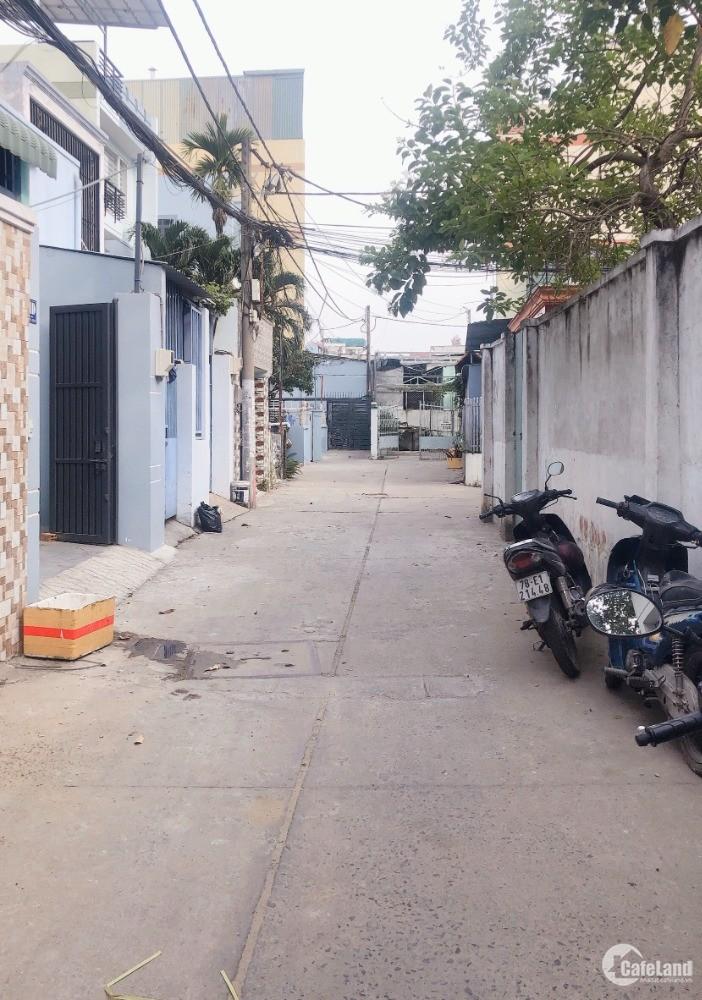 Cần bán căn hộ dịch vụ 1T, 3L trung tâm P.Phước Long B, Quận 9 giá 7,2 tỷ