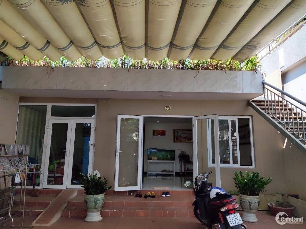 Bán nhà 1.5 tầng 160m2 đường 20m5 Chu Huy Mân, Sơn Trà, Đà Nẵng giá siêu tốt