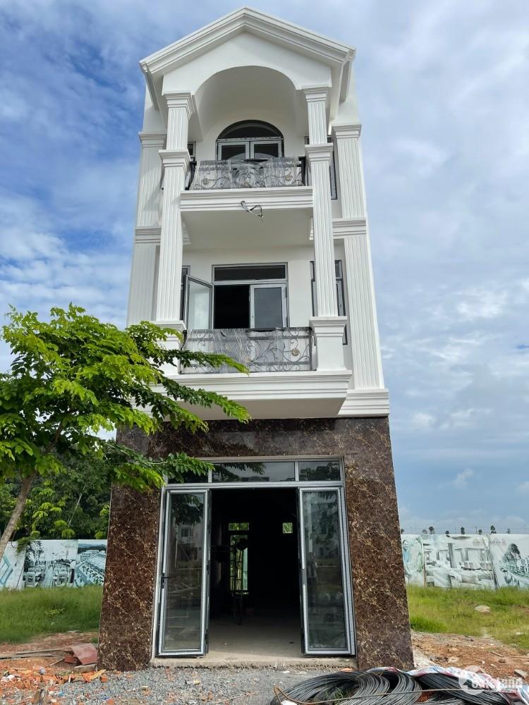 Cần bán nhà 2 lầu trong khu nhà ở Vietsing Phú Chánh kế cổng kcn VSIP2 mở rộng