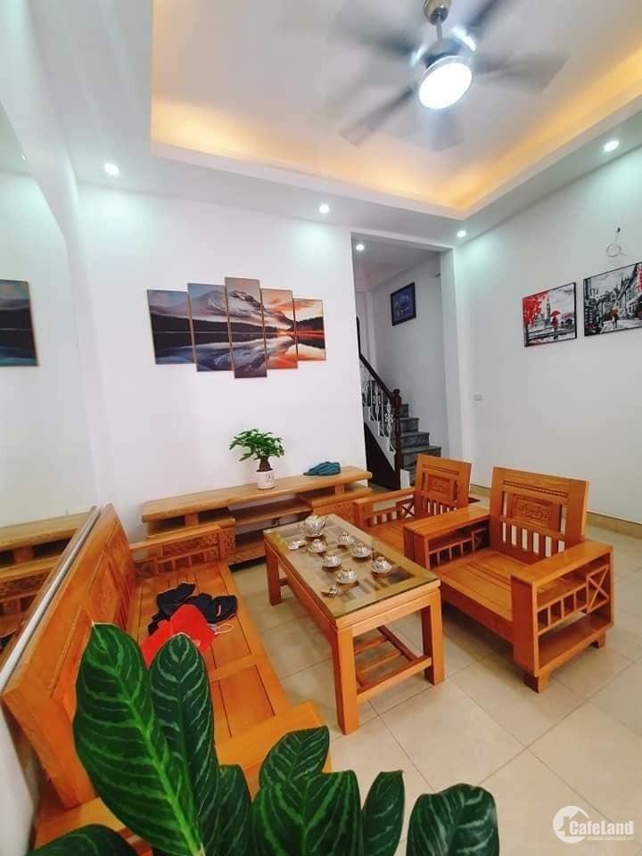 Bán nhà Trần Bình, Cầu Giấy lô góc 3 mặt thoáng gara ôtô 42m2 giá tốt 7.25 tỷ.