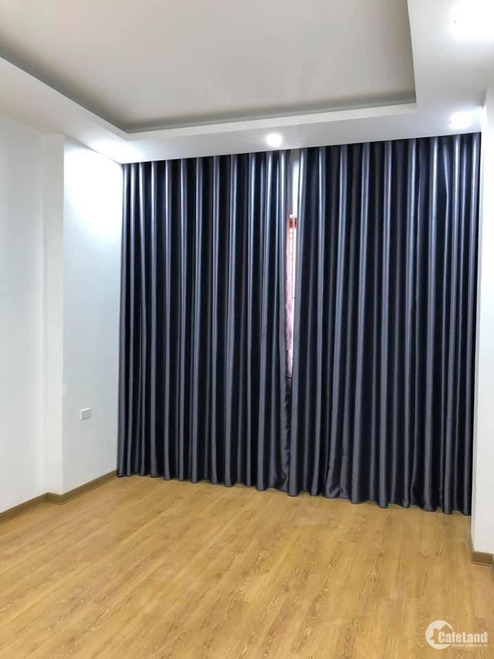 Bán nhà đẹp phố Hào Nam Đống Đa ở luôn 38m2 x 4 tầng, giá 4.8 tỷThương lượng m