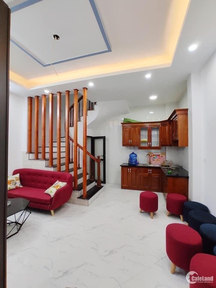 Nhà Đẹp Phố Hoa Lâm - Long Biên 5T, 30m2, giá 2.62 tỷ