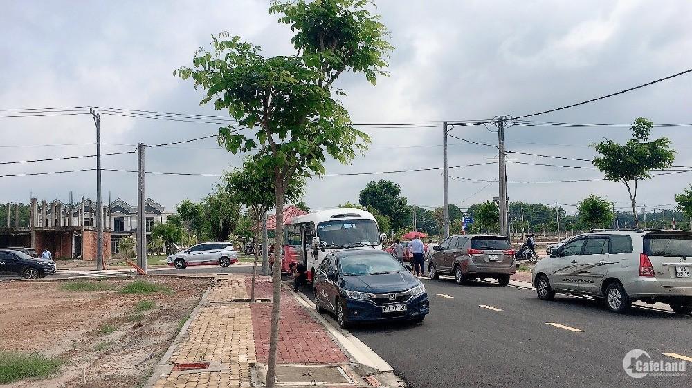 Bán gấp đất 2 mặt tiền QL13 ngay KCN Bàu Bàng, Mỹ Phước Tân Vạn...