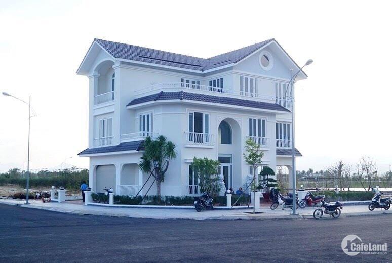 Nền khách sạn Golden Bay mặt đường Nguyễn Tất Thành và Quảng Trường. DTích 500m2