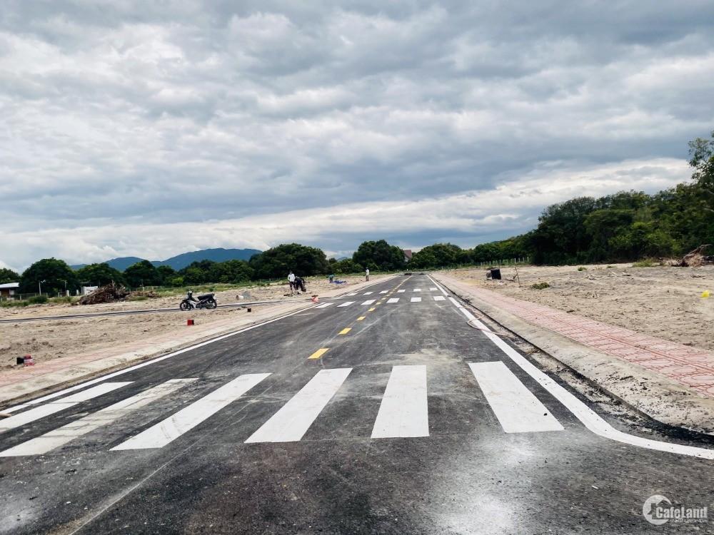 Bán gấp đất nền ven biển, gần Đầm Thuỷ Triều, Bãi Dài, giá chỉ 7,5 triệu/m2