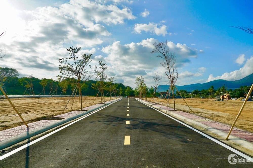 VIP!!! Đất mặt đầm Thủy Triều, Cam Lâm, sổ đỏ Full thổ cư