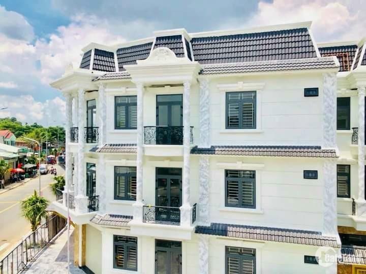 Nhà mặt tiền Nguyễn Thị Khắp. 70m2, 3 lầu, SHR, giá 4,7 tỷ/Căn