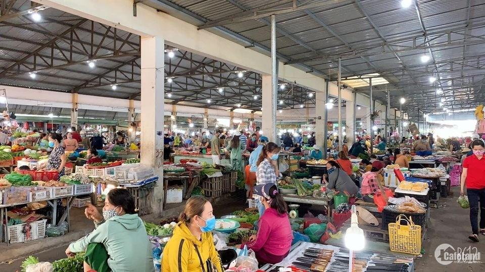 Cần tiền bán gấp đất đường 27m ngay chợ Điện Nam Trung.