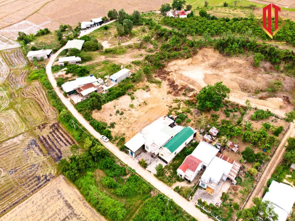 Đất vườn Diên Khánh ít thổ 450m2 giá  850tr diên thọ gần khu cao tốc đang thi