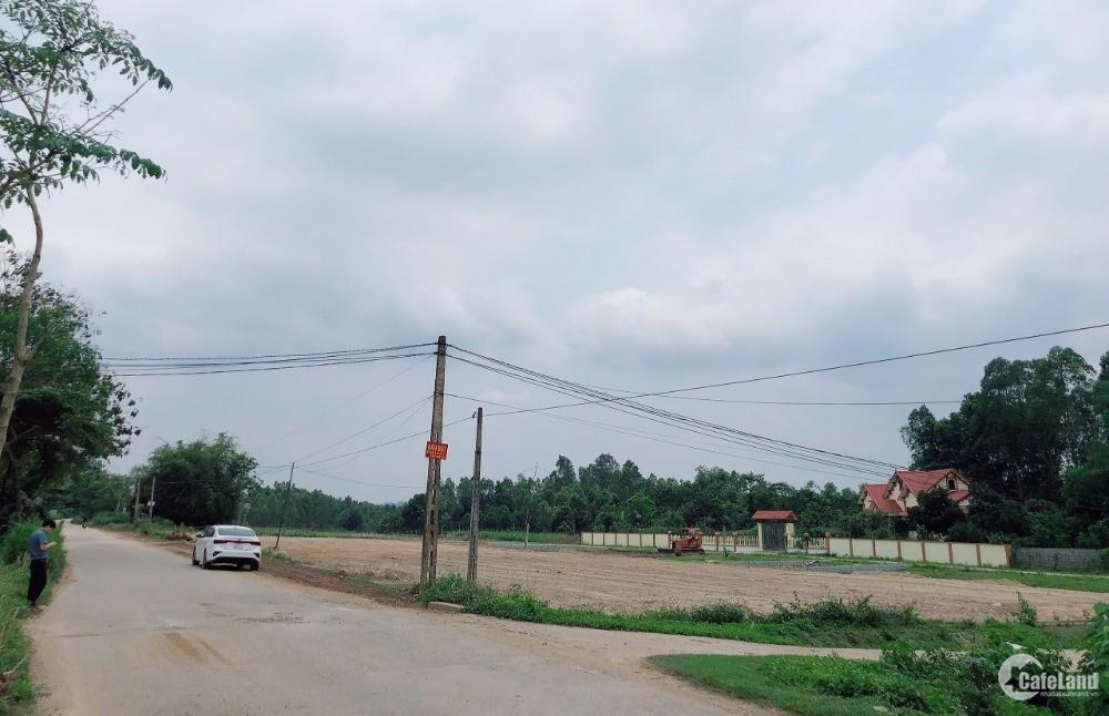 Đất nền mặt đường 30m, view các dự án lớn Lân Huế, Flc, Licogi, Wyndham