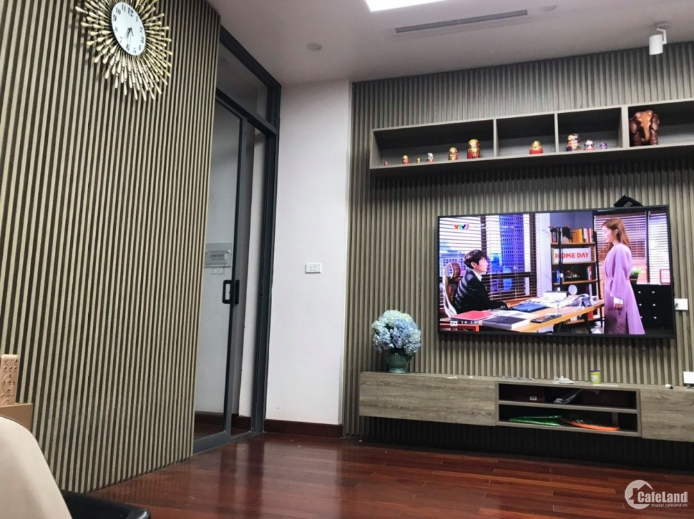 Chính chủ bán Liền kề Thanh Xuân, 5Tx70m, gara, thang máy, vỉa hè, ở sướng. 18