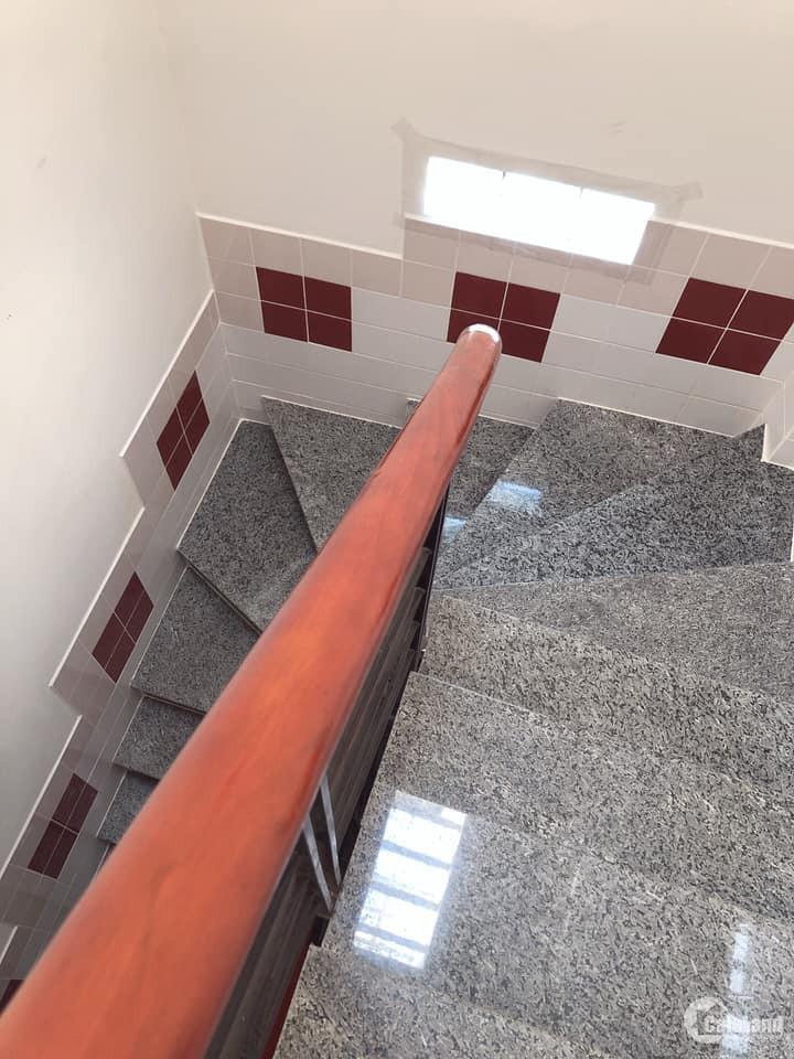 Bán nhà Thích Quảng Đức, Giá sốc Bất ngờ!, 2 tầng, 3.2 tỷ